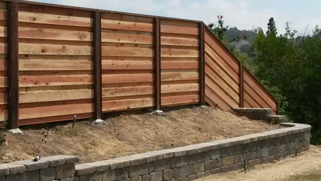 Good Neighbor Board On Board Overlapping Horizontal Wood